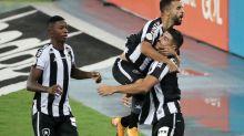 Mesmo com estrangeiros, Botafogo gasta metade do que gastava em 2019