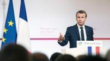 """Macron délivre un plan santé pour les """"50 années à venir"""""""