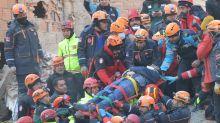 Fuerte terremoto en Turquía: más de 20 muertos, mil heridos y destrucción en el este del país