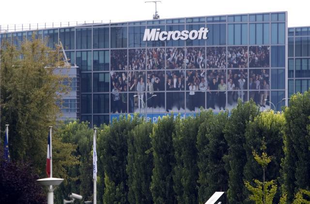 Pentagon says Microsoft still deserves $10 billion JEDI cloud contract
