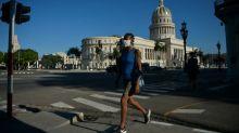 EEUU golpea sistema de remesas a Cuba con sanción a servicio financiero AIS