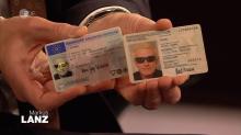 Talk bei Lanz: Heino trägt seine Brille auch auf dem Ausweis