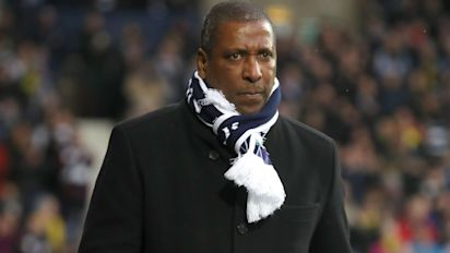 Booing players who take the knee 'not acceptable' says pioneer Viv Anderson