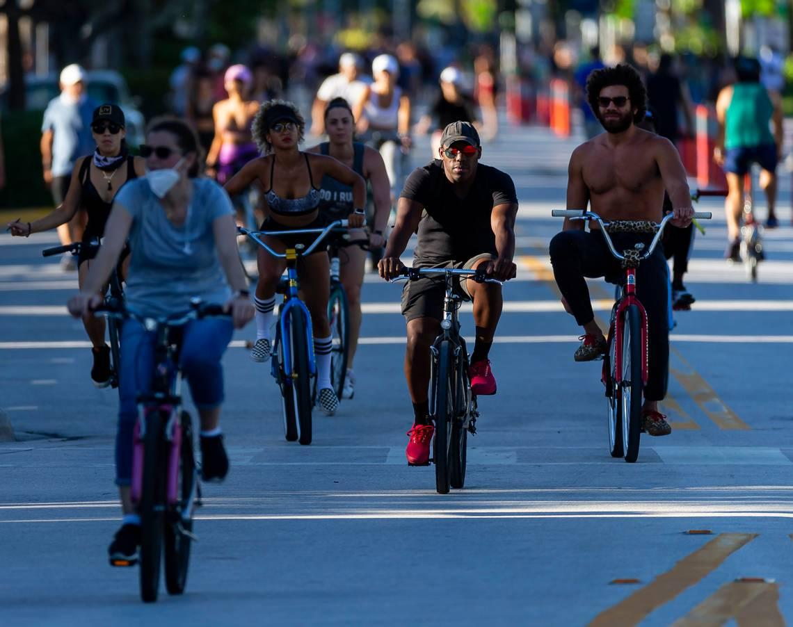 Ocean Drive was closed to cars for eight weeks. Miami Beach is reopening a lane of traffic