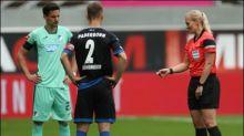"""Steinhaus war bei erstem Bundesliga-Spiel wegen Vorbildfunktion """"ziemlich nervös"""""""
