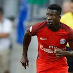 Man United target Aurier wants to leave PSG – Emery