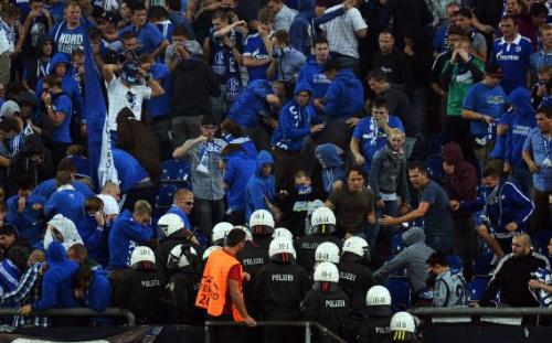 Polizei: Keine Änderung des Sicherheitskonzepts für Schalke-Spiel
