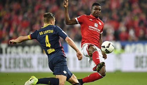Bundesliga: S04: Kommt Cordoba im Sommer?