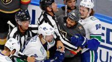 Hockey - NHL - NHL : quand Antoine Roussel met l'ambiance dans le vestiaire de Vancouver