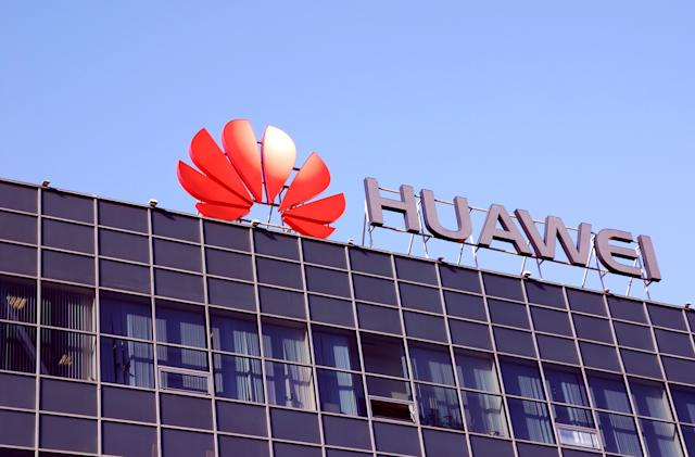 FCC lays out rules for replacing Huawei and ZTE telecoms equipment