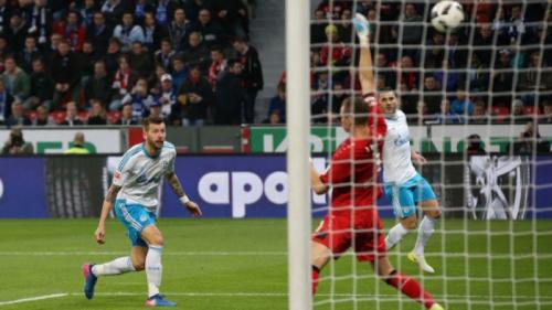 Schalke goleia o Bayer Leverkusen e mantém sonho da Liga Europa