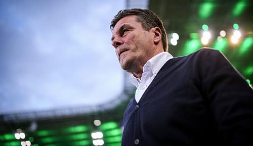 """Bundesliga: Hecking fordert Fair-Play-Diskussion: """"Werte werden mit Füßen getreten"""""""