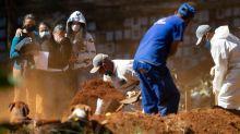 Brasil passa Espanha e é 5º país com mais mortes por covid-19 no mundo