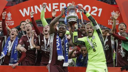 Leicester City wins its first FA Cup