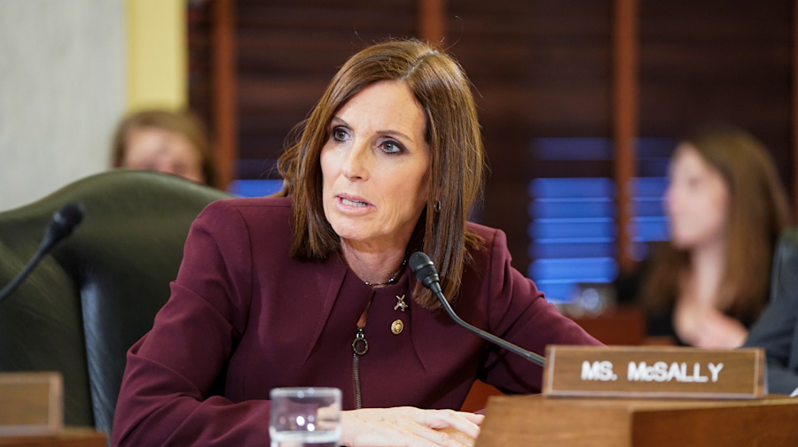 Senator's mission: Combat sexual assault in military