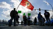 Canada to hold talks with indigenous group in bid to end blockades