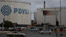 Bonaire ordena a estatal venezolana PDVSA vaciar tanques en terminal petrolera