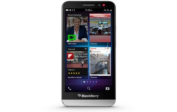 Rogers caves to demand, will carry the BlackBerry Z30 after all