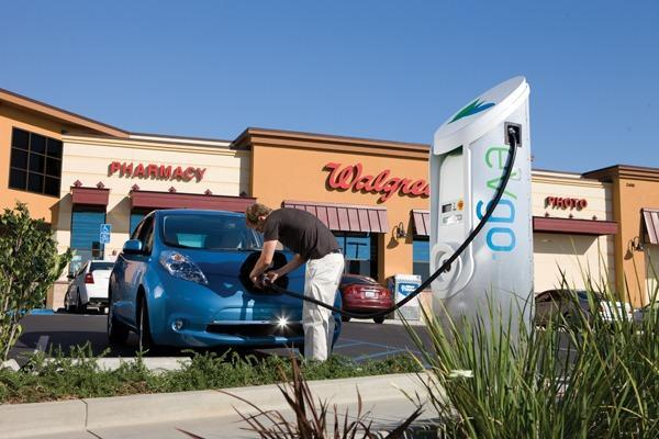 NRG to bring 200 fast-charging EV stations to the Golden State, pump $100 million into CA infrastructure