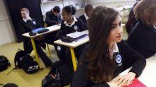 """""""Tenue républicaine"""" : 6 Français sur 10 favorables au retour de l'uniforme à l'école"""