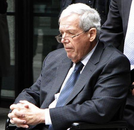Former U.S. Speaker of the House Dennis Hastert leaves the Dirksen Federal courthouse after his sentencing hearing in Chicago, Illinois April 27, 2016. REUTERS/Frank Polich