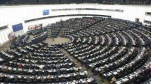 """""""Un député m'a barré la route en me touchant la taille"""" : le sexisme ordinaire dénoncé au Parlement européen"""