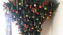 La extraña tendencia de poner los Árboles de Navidad al revés