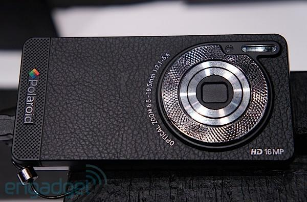 Polaroid SC1630 Android HD smart camera hands-on, is it a cameraphone or a phonecamera?