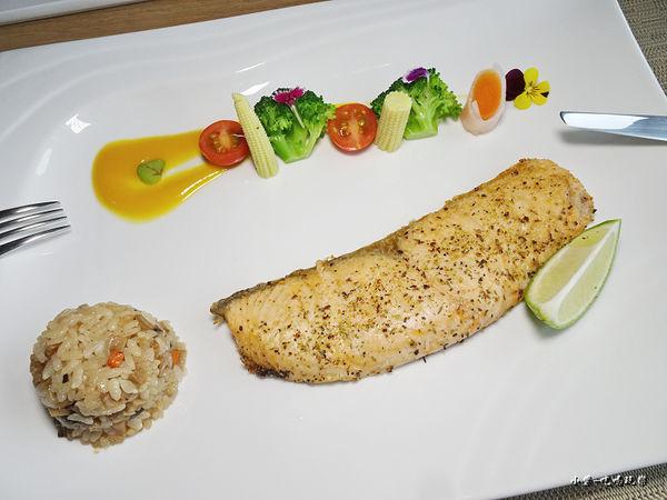 義式香料鮭魚 (2)50.jpg