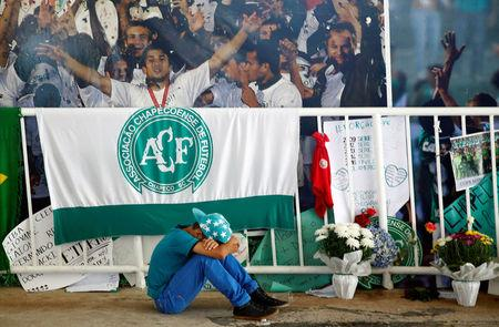 A young fan of Chapecoense soccer team reacts at the Arena Conda stadium in Chapeco, Brazil November 30, 2016. REUTERS/Ricardo Moraes