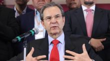 México celebra el nombramiento de Ken Salazar como embajador estadounidense