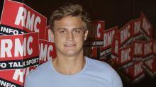 Jules Plisson : Vacances de rêve pour le beau rugbyman et sa charmante chérie