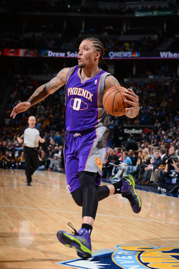 separation shoes 87d01 e95b4 Heat bring back Michael Beasley