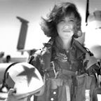 The pilot who landed the fatal Southwest flight performed an incredible feat — but those who know her weren't surprised (LUV)