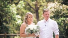"""Sie wollte """"ihren neuen Trick"""" zeigen: Dreijährige Tochter der Braut ruiniert Hochzeitsfotos"""