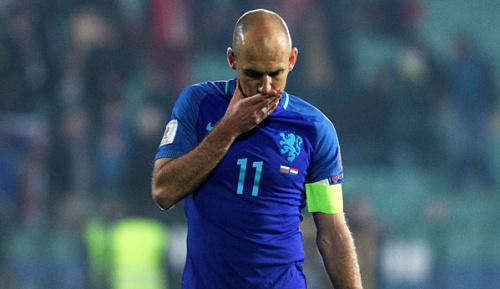 International: Niederlande rutschen auf schlechtesten FIFA-Platz aller Zeiten