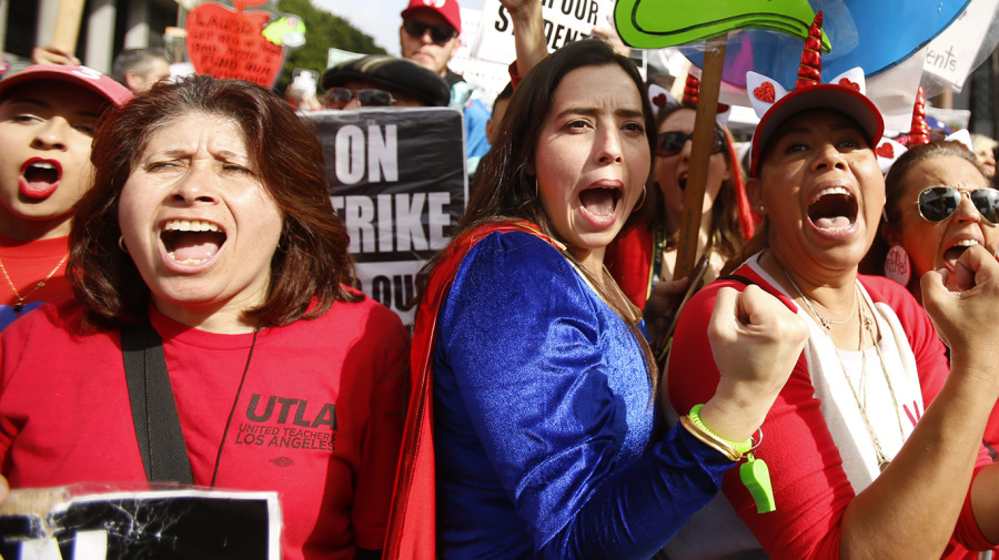 L.A. teachers' strike dragging into its second week