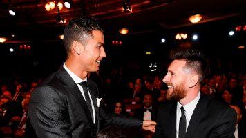 """Ronaldo ou Messi : qui est le footballeur le """"plus admiré au monde"""" ?"""