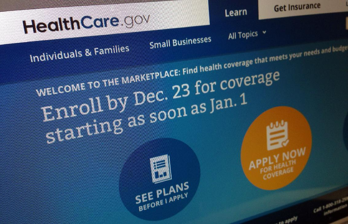 Obama signs up through DC health care exchange