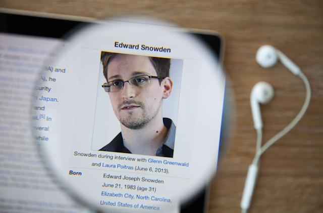 Edward Snowden is the Lavabit user the government was after