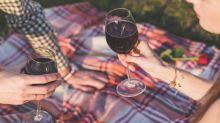 Il semblerait que nous utilisons plus notre cerveau en buvant du vin qu'en résolvant des problèmes de mathématiques