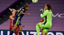 Nikita Parris on target as Lyon reach Women's Champions League semis