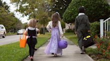 CDC Says Trick or Treating, Halloween Parties 'Not Recommended' After L.A. County Explored Ban