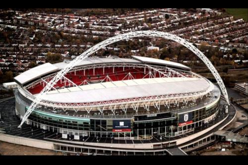 Tottenham anuncia Wembley como nova casa para próxima temporada