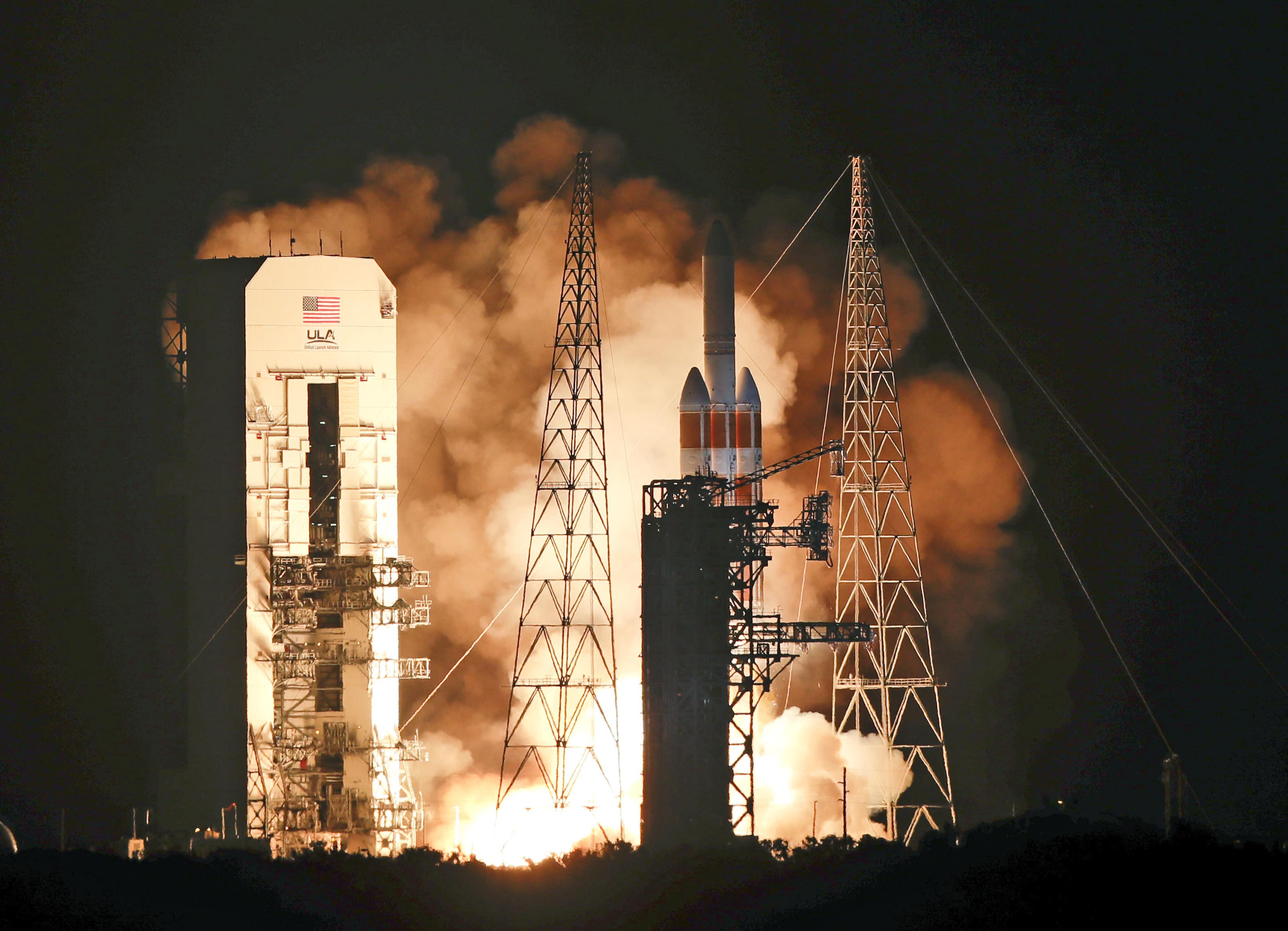 messenger spacecraft lift off - HD3300×2385