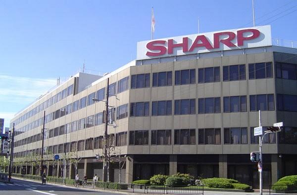 Sharp mortgages itself to the hilt just to keep going