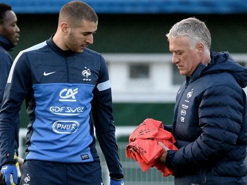 """Equipe de France: """"Je n'ai jamais dit que Deschamps est raciste"""", assure Benzema"""