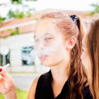 Vaping makes teens 5 times more likely to get infected with COVID-19