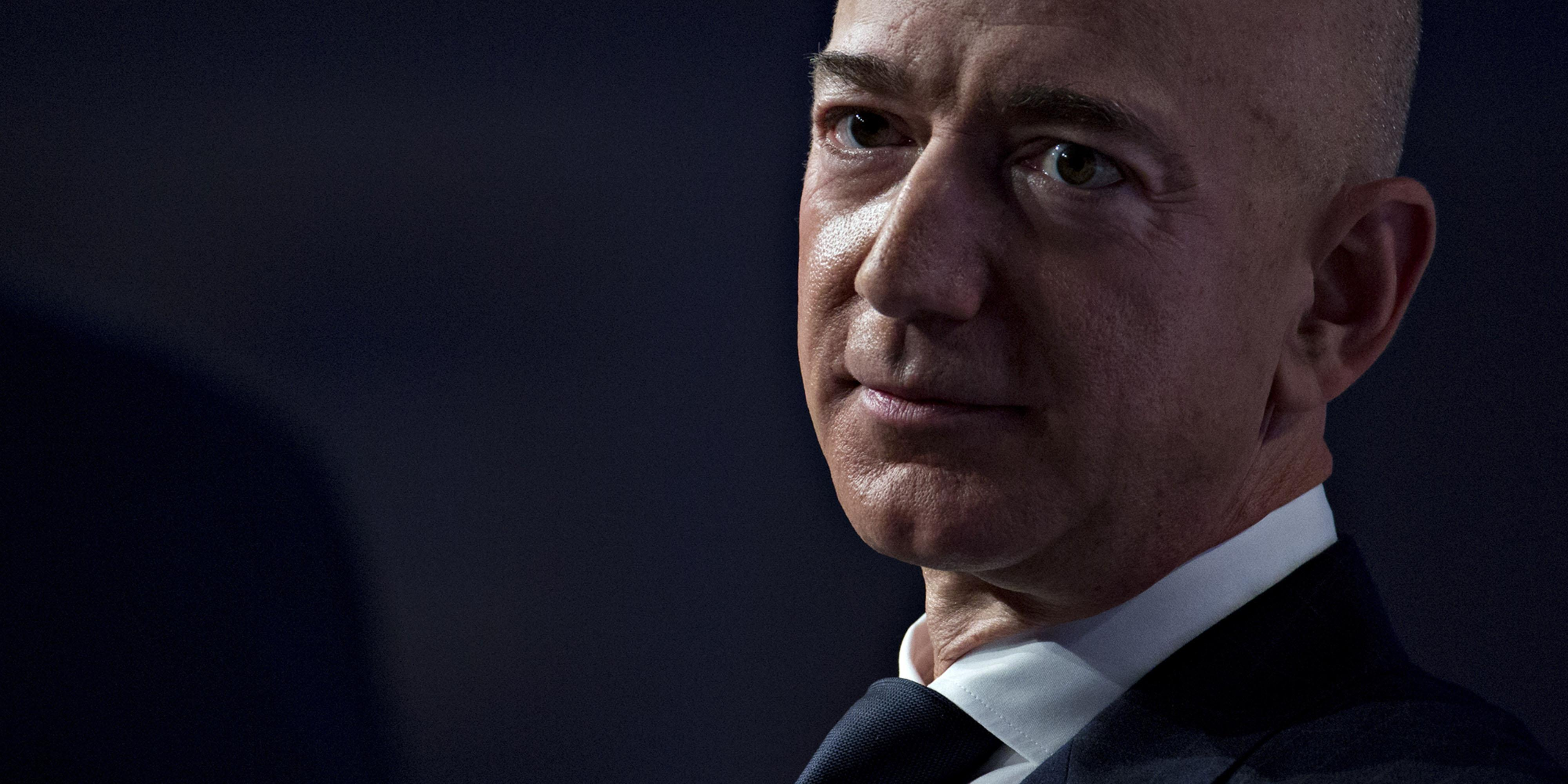 Amazon CEO Jeff Bezos accuses National Enquirer of