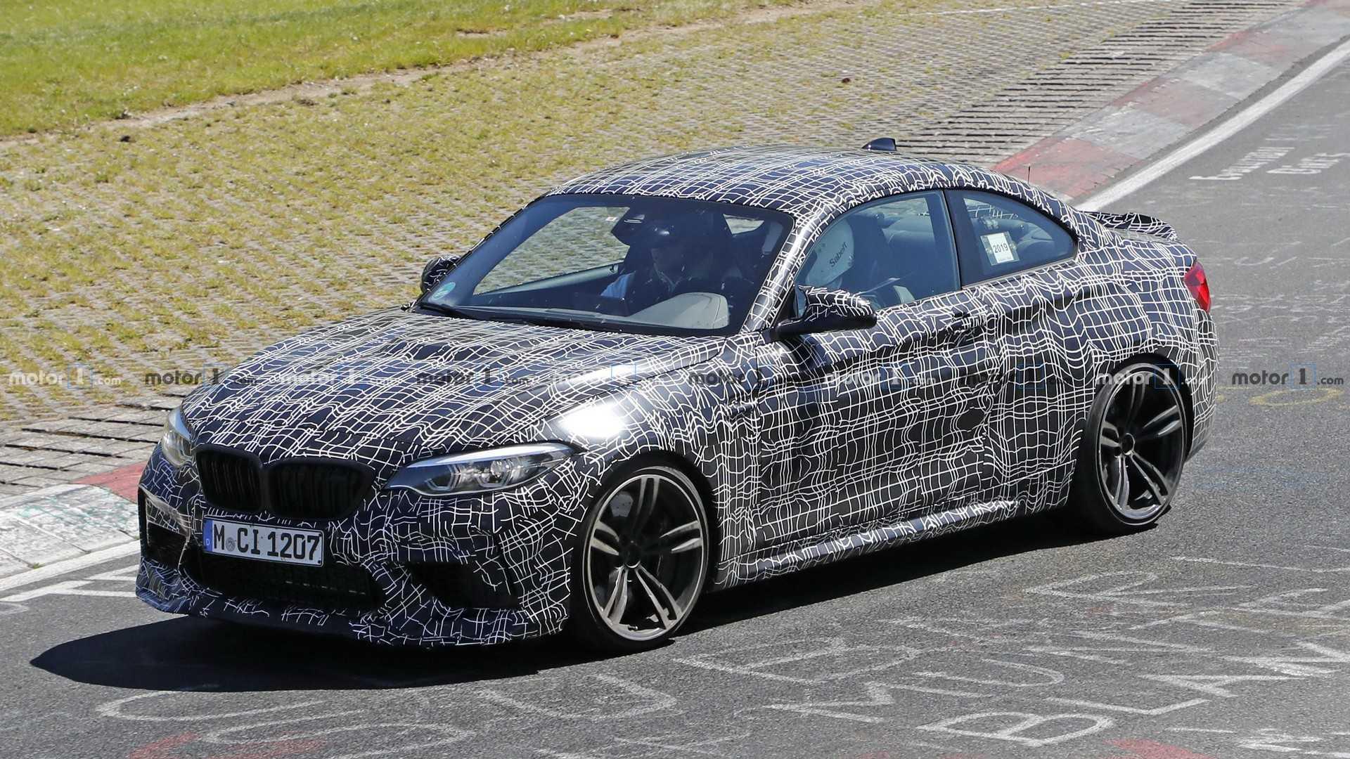 BMW M2 CS Mit Größerem Heckspoiler Erwischt